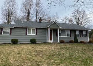 Foreclosed Home in North Branford 06471 ANN ST - Property ID: 4462387576