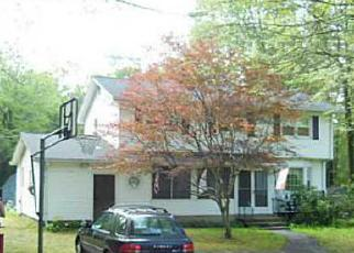 Foreclosed Home in Foster 02825 HARTFORD PIKE - Property ID: 4462406850