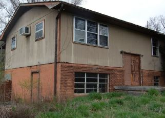 Foreclosed Home in Heiskell 37754 E WOLF VALLEY RD - Property ID: 4462436178