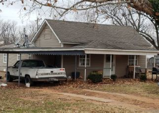 Foreclosed Home in Wellston 74881 FIR ST - Property ID: 4462486554