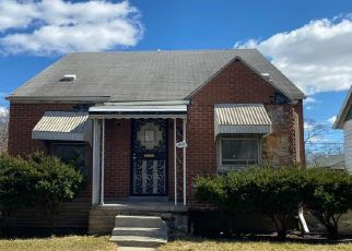 Foreclosed Home in Hamtramck 48212 MACKAY ST - Property ID: 4462529471
