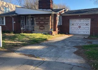 Foreclosed Home in Norfolk 23504 SUMMIT AVE - Property ID: 4462548294