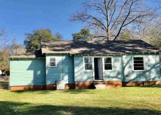 Foreclosed Home in Longview 75601 RAWLEY CT - Property ID: 4462553560