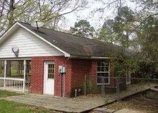 Foreclosed Home in Huntsville 77340 SWEARINGEN RD - Property ID: 4462582920