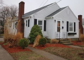 Foreclosed Home in Pawtucket 02861 FULLER ST - Property ID: 4462618378