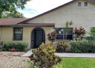 Foreclosed Home in Boca Raton 33433 BARLAKE DR - Property ID: 4462649476