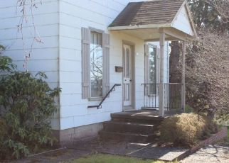 Foreclosed Home in Coquille 97423 N BAXTER ST - Property ID: 4462665240