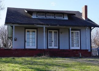 Foreclosed Home in Nowata 74048 N PECAN ST - Property ID: 4462675761