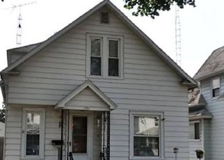 Foreclosed Home in Toledo 43605 FORSYTHE ST - Property ID: 4462686265