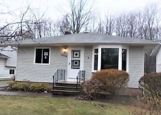 Foreclosed Home in North Olmsted 44070 WHITEHAVEN AVE - Property ID: 4462693271