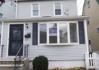 Foreclosed Home in New Hyde Park 11040 BEDFORD AVE - Property ID: 4462729183