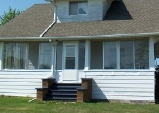 Foreclosed Home in Flint 48532 CORUNNA RD - Property ID: 4462903503