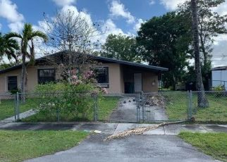 Foreclosed Home in Miami 33177 SW 171ST TER - Property ID: 4462913128