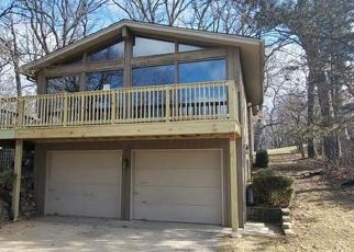 Foreclosed Home in Carpentersville 60110 GREENWOOD AVE - Property ID: 4462977521