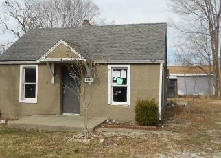 Foreclosed Home in Kansas City 66103 W 45TH AVE - Property ID: 4462990665