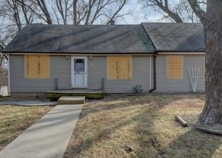 Foreclosed Home in Kansas City 66104 PARKVIEW AVE - Property ID: 4463006427