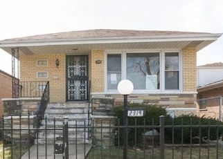 Foreclosed Home in Chicago 60620 W 80TH ST - Property ID: 4463031842