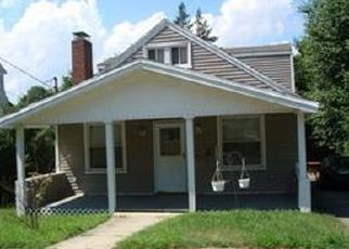 Foreclosed Home in Bridgeport 06606 NORLAND AVE - Property ID: 4463100594