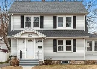 Foreclosed Home in Bridgeport 06606 OVERLAND AVE - Property ID: 4463102340