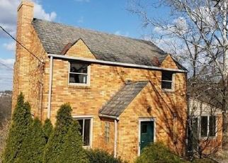 Foreclosed Home in Bethel Park 15102 BROUGHTON RD - Property ID: 4463226735