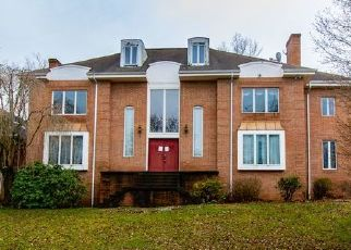Foreclosed Home in Monroeville 15146 RED OAK CT - Property ID: 4463237680