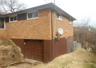 Foreclosed Home in West Mifflin 15122 ROBERTS ST - Property ID: 4463261320