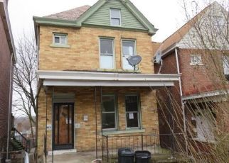 Foreclosed Home in Pittsburgh 15210 MOORE AVE - Property ID: 4463262649