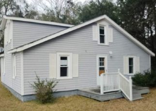 Foreclosed Home in Kingstree 29556 THE HOLE RD S - Property ID: 4463311699