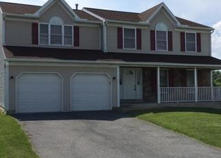 Foreclosed Home in Reading 19608 E CLEARVIEW DR - Property ID: 4463359429