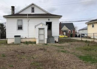Foreclosed Home in Rosedale 21237 HAMILTON AVE - Property ID: 4463369510