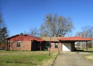 Foreclosed Home in Hugo 74743 S 10TH ST - Property ID: 4463400605