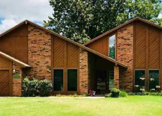 Foreclosed Home in Enid 73703 SUN RISE DR - Property ID: 4463406744