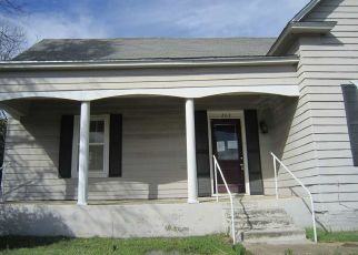 Foreclosed Home in Ardmore 73401 4TH AVE SW - Property ID: 4463410233