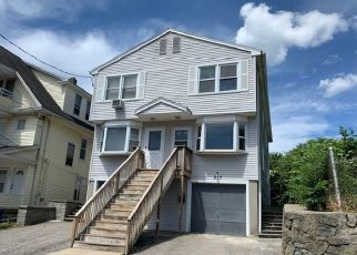 Foreclosed Home in Bridgeport 06610 BRADLEY ST - Property ID: 4463444397