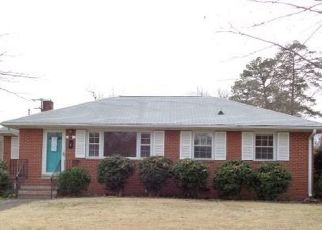Foreclosed Home in Sandston 23150 SANDSTON AVE - Property ID: 4463498713