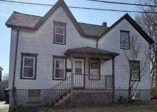 Foreclosed Home in New Bedford 02740 FAIRMOUNT ST - Property ID: 4463530687