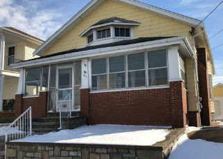 Foreclosed Home in Pawtucket 02861 CENTRAL AVE - Property ID: 4463539891