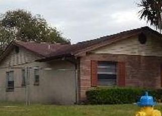 Foreclosed Home in Seffner 33584 GAY RD - Property ID: 4463592433