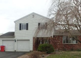 Foreclosed Home in Warminster 18974 BOYD RD - Property ID: 4463640619