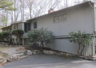 Foreclosed Home in Stamford 06903 FOUR BROOKS RD - Property ID: 4463686603