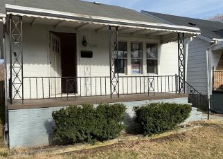Foreclosed Home in Lincoln Park 48146 EMPIRE AVE - Property ID: 4463700168
