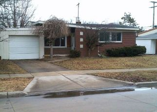 Foreclosed Home in Saint Clair Shores 48080 SUNNYSIDE ST - Property ID: 4463703233