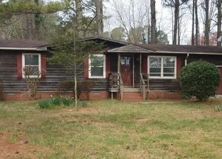Foreclosed Home in Waverly 23890 LOCUST DR - Property ID: 4463737404