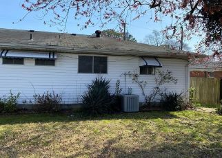 Foreclosed Home in Virginia Beach 23455 HOUDON LN - Property ID: 4463745730