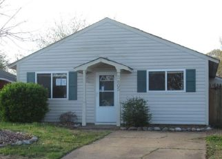 Foreclosed Home in Portsmouth 23703 SUGAR CREEK CIR - Property ID: 4463751419