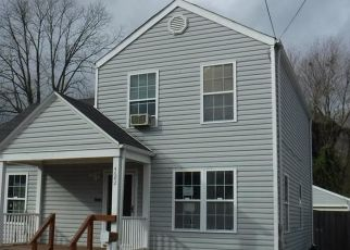 Foreclosed Home in Norfolk 23513 KENNEBECK AVE - Property ID: 4463755809
