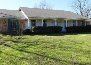 Foreclosed Home in Lufkin 75904 PARKS CIR - Property ID: 4463763686