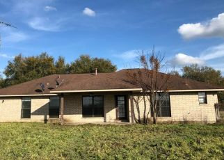 Foreclosed Home in Brenham 77833 ELLERMANN RD - Property ID: 4463791723