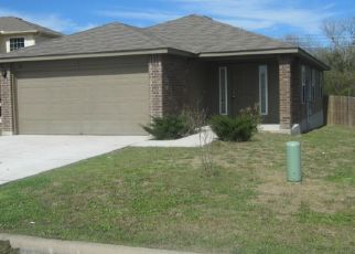 Foreclosed Home in Luling 78648 FALCON DR - Property ID: 4463804409