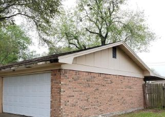 Foreclosed Home in Victoria 77905 DOVER ST - Property ID: 4463819753